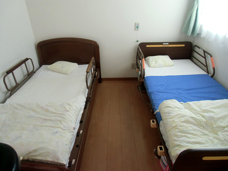 休憩用ベッド